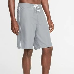 Old Navy Side-Piping Board Shorts for Men New